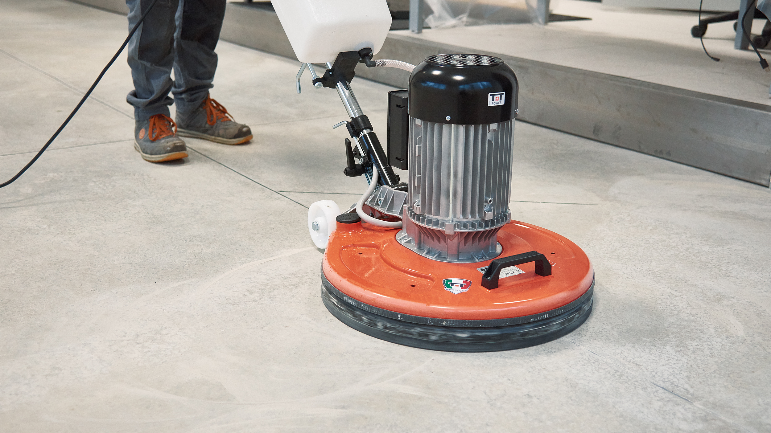 MASTERLINDA: Macchina per pulizia pavimenti